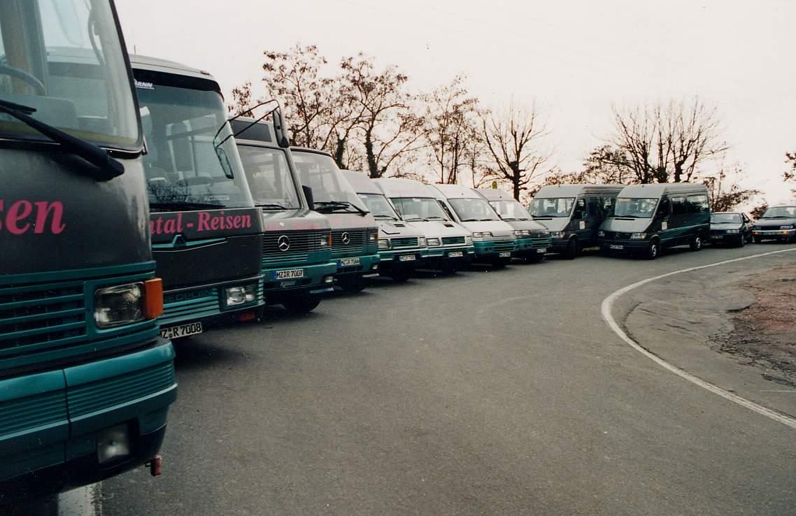 Im Jahr 2001 war Rheintal Reisen mit 10 Bussen im Einsatz
